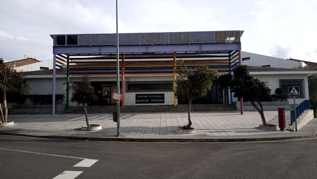 Centro Cultural Manuel Entero